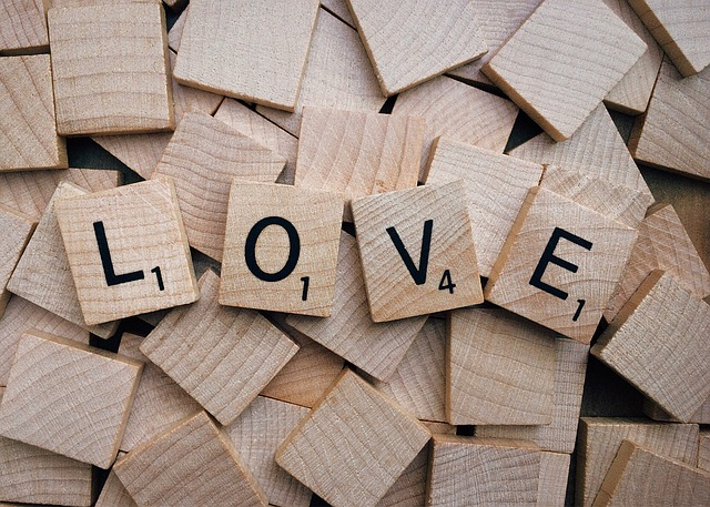 love-1662880_640